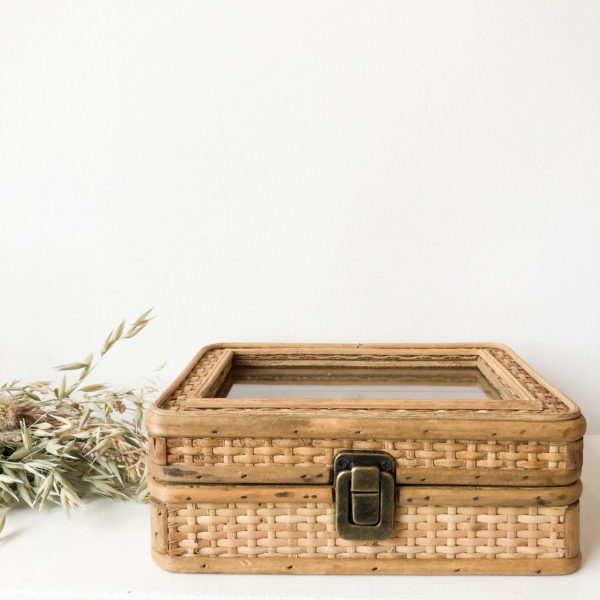 Boîte à bijoux en osier
