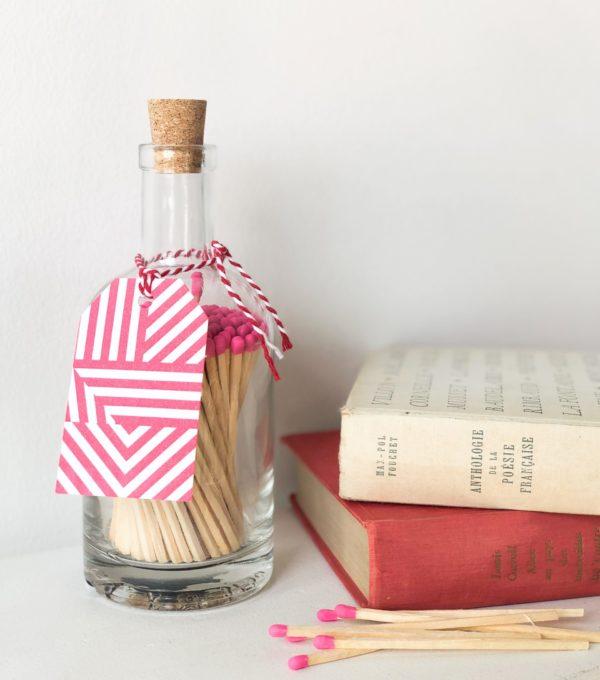 Bouteille Allumettes Néon pink